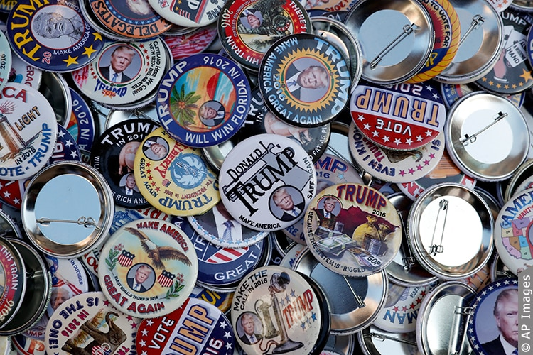 Buttons supporting Republican presidential candidate Donald
