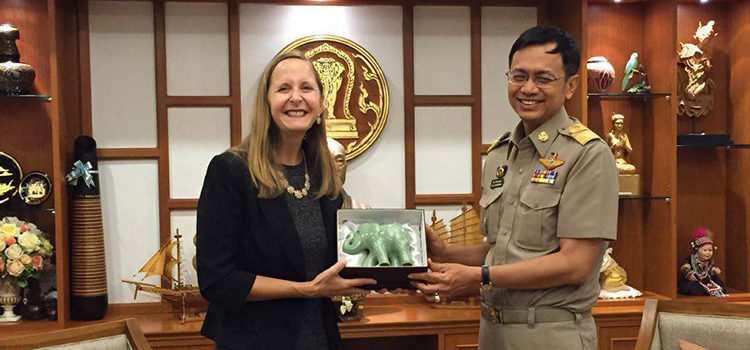 Consul General Jennifer Harhigh called on Chiang Mai Governor Pawin Chamniprasart