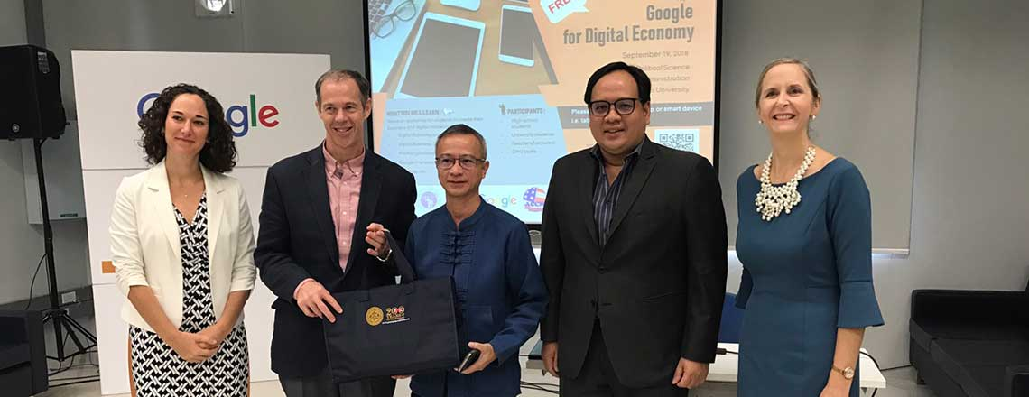 "Google Thailand's ""Digital Literacy for Education Equality"" at American Corners"